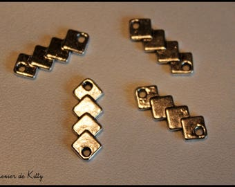 "x 1 charm / connector ""Cubes"" in silvery metal"