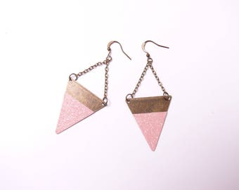 Glitter collection: earrings are made of pink glitter