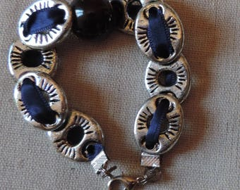 Pearl bracelet, ceramic and pebbled silver on Blue Ribbon