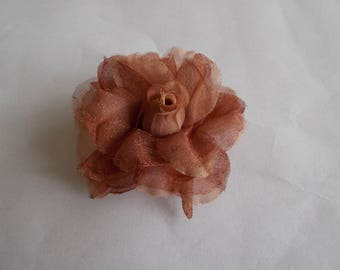 beautiful flower in organza 60 x 30 mm light brown color
