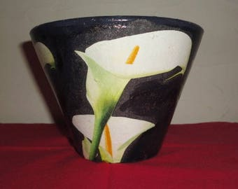 "Pine pot authentic terracotta of Landes ""lilies"""