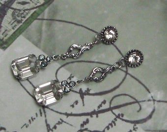 CHIC Silver earrings