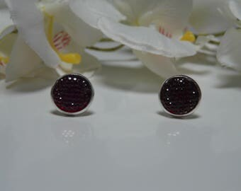 Earrings made with a Burgundy rhinestone resin Cabochon