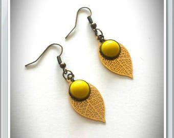 Earrings leaves and Pearl