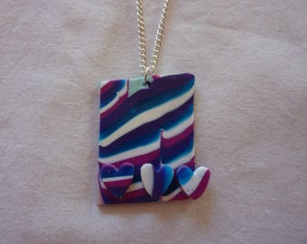 Necklace chain with rectangular marbled with hearts