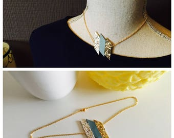Bias glitter necklace