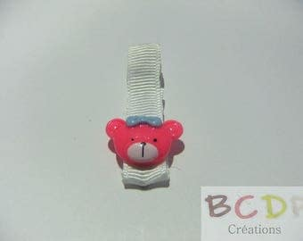 White strip with subject bear pink