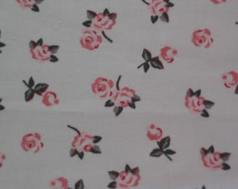 Coupon fabric 100% cotton grey-white-pink flowers