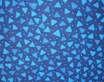 patchwork pattern turquoise triangles Reftriangleb fabric
