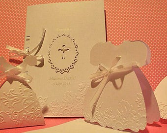 "Booklet of baptism or communion ""cross"" custom cardboard embossed by hand with your text on the inside"