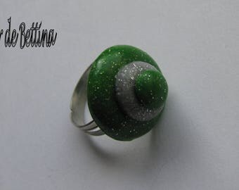 Glittery green and silver trio ring