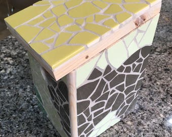 Mosaic bird house GREEN