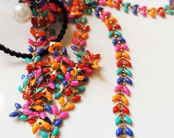 20 cm chain gold base and color-multicolored spikes