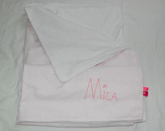 Small fleece blanket embroidered with the name of child