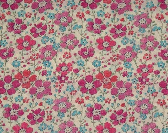 "Coupon - 33.3 cm x 135cm Liberty of London fabric - pink. ""Clarisse""."