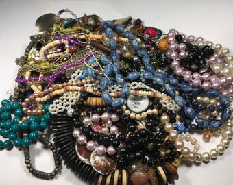 N124, Jewelry lot, mixed necklaces, vintage to now, beaded, wear, repair, reuse, resell, craft