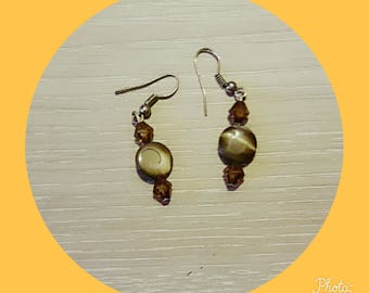 Brown Pearl Earring