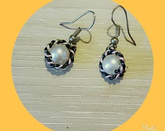 Earrings black and pale pink with White Pearl