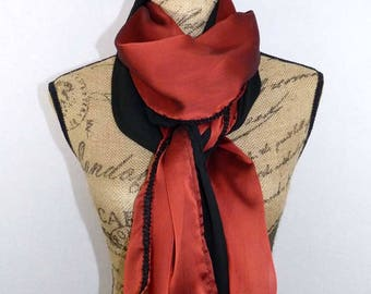 Long scarf in black and Red NET LIMOGES 200x60cm