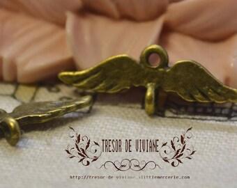 set of 30 QKA065 pendant, bronze wings