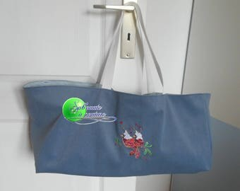 Bag for knitting or embroidered item of a couple of bird