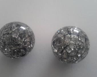 set of 2 translucent beads black Crackle effect
