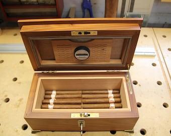 Cigar Humidor (50 Count)