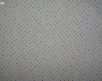 Z131 small dots on a background fabric unbleached coupon 35x50cm