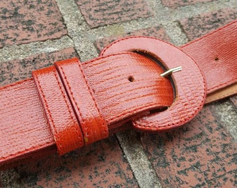 Vintage 80s red belt, vintage belt, 80s belt, vintage 80s belt, crocodile look belt, red crocodile look belt, red crocodile belt