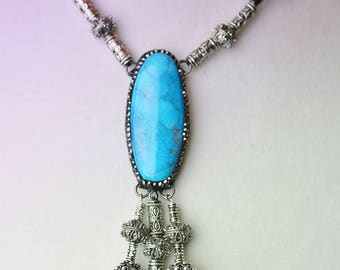Dyed Turquoise blue Agate necklace