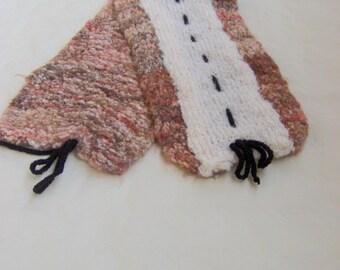 FANCY Ecru baby scarf and rust
