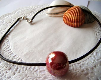 Necklace large Pearl caramel ceramic, leather cord