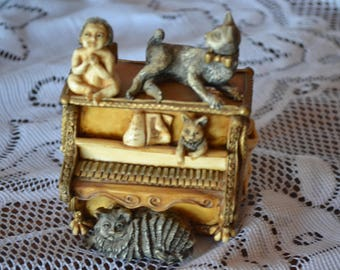 Harmony Kingdom Ornamental Boxes made in England