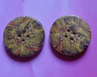 Set of 2 wooden buttons 30mm brown tones