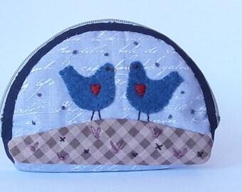 Coin purse with zipper, blue fabric coin purse with felt applique, cloth purse, purse zakka style, purse zip