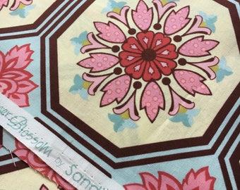 "Ginger Blossom by Sandi Henderson for Michael Miller. Ginger tile in aqua. Remnant measures 28x42"""
