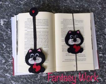 Bookmark of Felt Cat in love