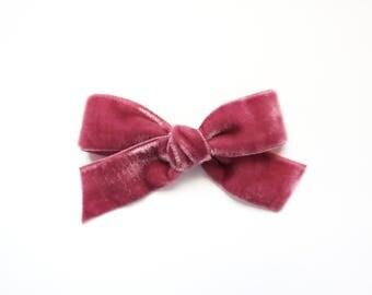 Velvet Bow: Rosy Pink