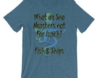 Funny Pun T-shirt - Gift for pun lovers - Funny Kraken T-shirt - What do Sea Monsters Eat for Lunch? Fish-n-Ships T-Shirt