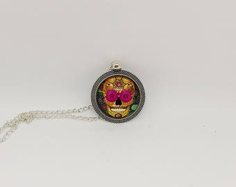 Sugar Skull Pendant / Mexican Day of The Dead Pendant / Gold Skull Necklace