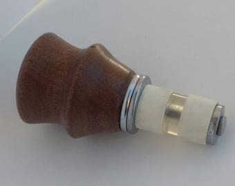 Black Walnut wood with adjustable Bottle stopper