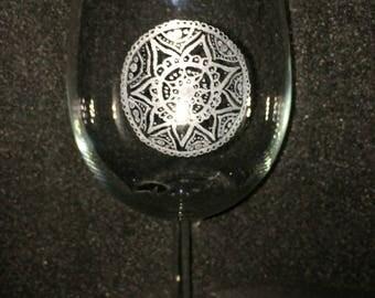 Mandala hand engraved wine glass