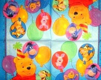 TOWEL in paper Winnie the Pooh and friends #E045