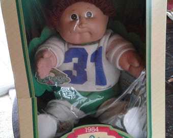 Vintage 1984 cabbage patch kid doll in box with adoption papers