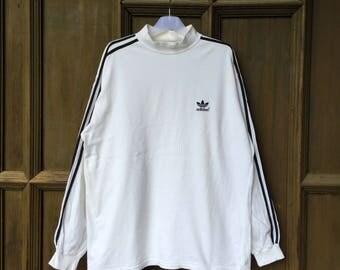 vintage!!! ADIDAS trefoil sweatshirt spell out embroidered small logo... sportwear...fila adidas nike kappa asics... vintage sweatshirt