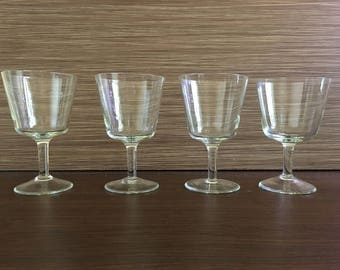 Vintage drinking glasses - Set of 4 Sherry Glasses - Colored glasses - beautiful glasses - Champagne glasses