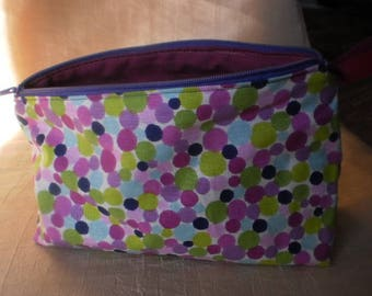 purse with polka dot multicolored purple tones / lime green