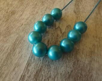 Frosty blue chunky bead necklace