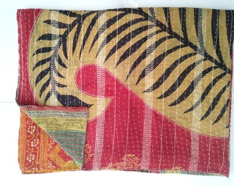 Artisan Hand-Stitched Indian Traditional Kantha Throw Full Paisley Design Old Cotton Sari Patches Made Rally Blanket Vintage Kantha Quilt