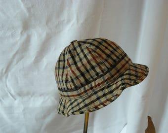 1970s vintage DAKS hat.